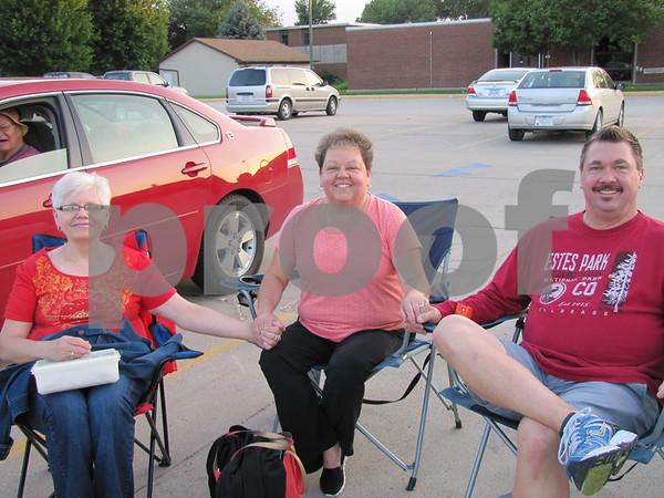 Roxy Rosenau, Mindy and Mike Arbuckle