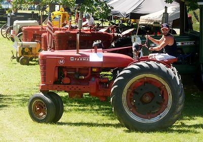 0708 antique tractor show 4