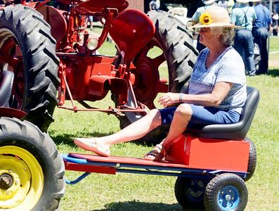 0708 antique tractor show 1