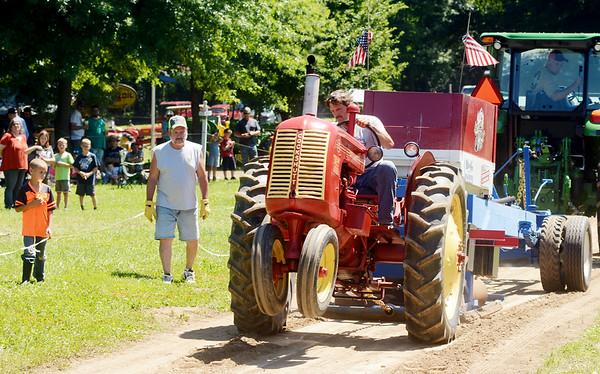 0708 antique tractor show 5