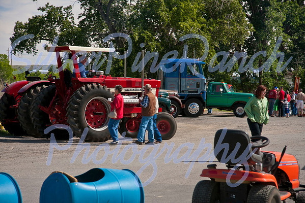 Antique Tractor/Truck Rally 2013