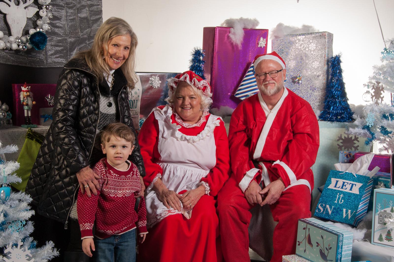 Santa Photos 20170091