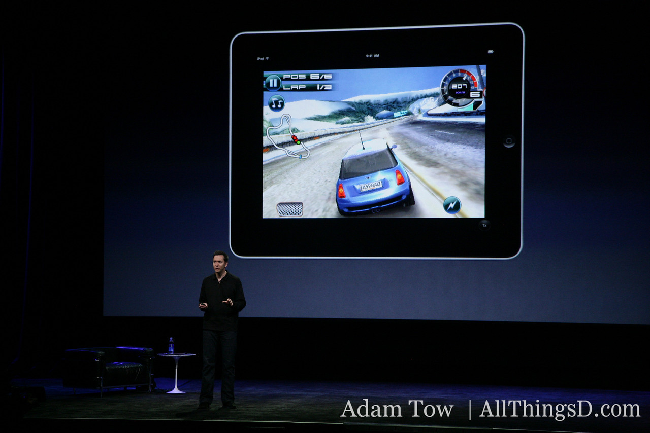 Forstall runs a racing game in full screen using the pixel doubling feature.