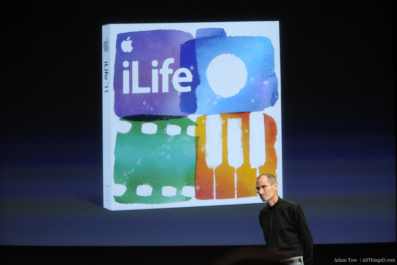 Steve moves on to talk about iLife.
