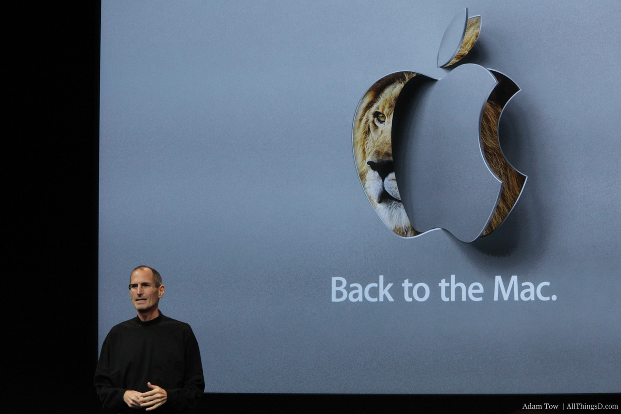 Steve Jobs opens up the Back to the Mac event at Apple headquarters.