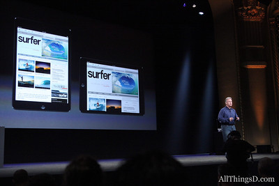 Schiller compares the iPad and the iPad mini side-by-side.