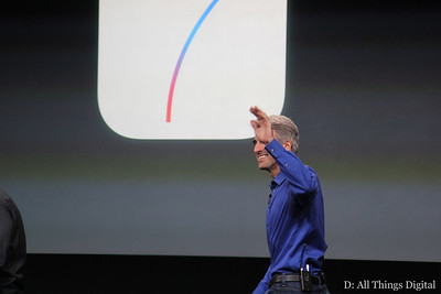 Then, SVP of software engineering Craig Federighi took the stage to talk about iOS 7.