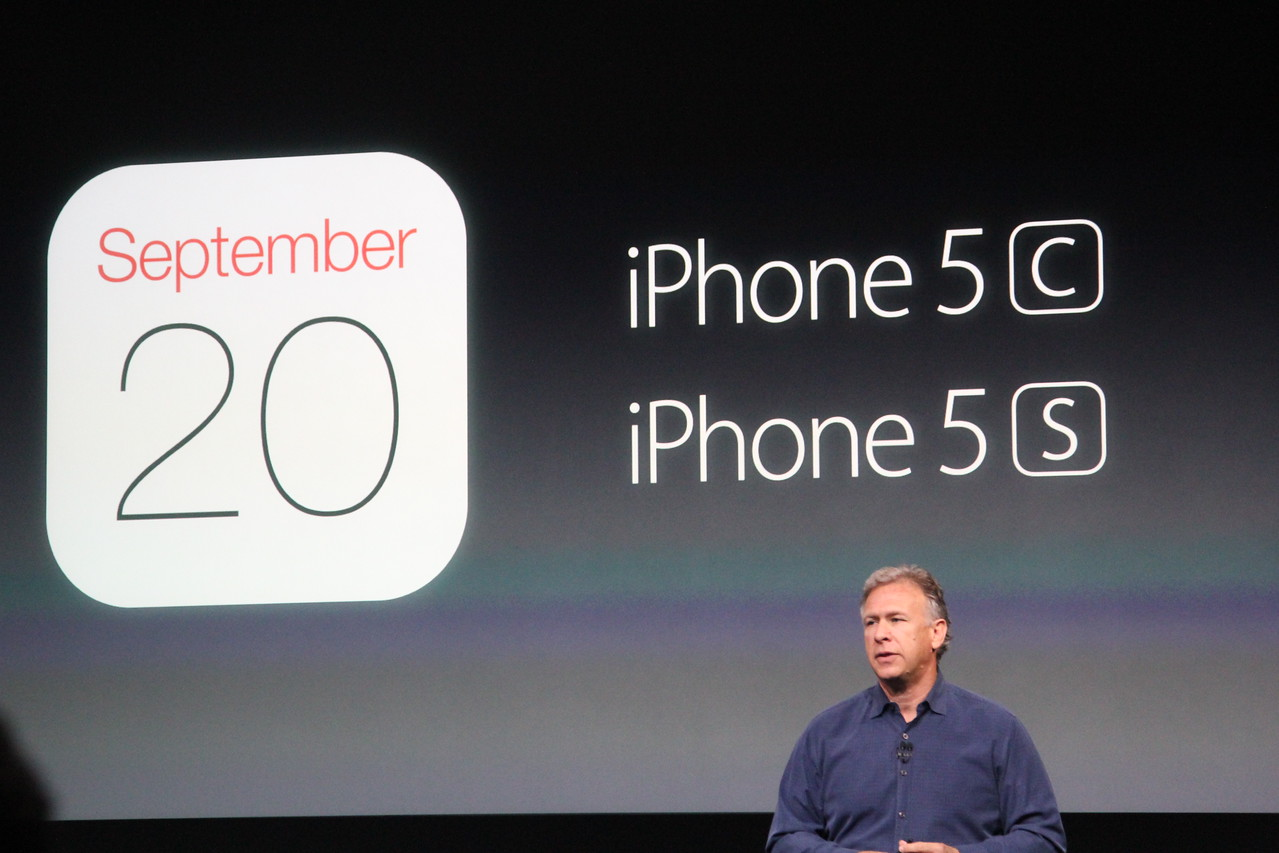 And both of the new iDevices will go on sale on September 20 in eight countries.