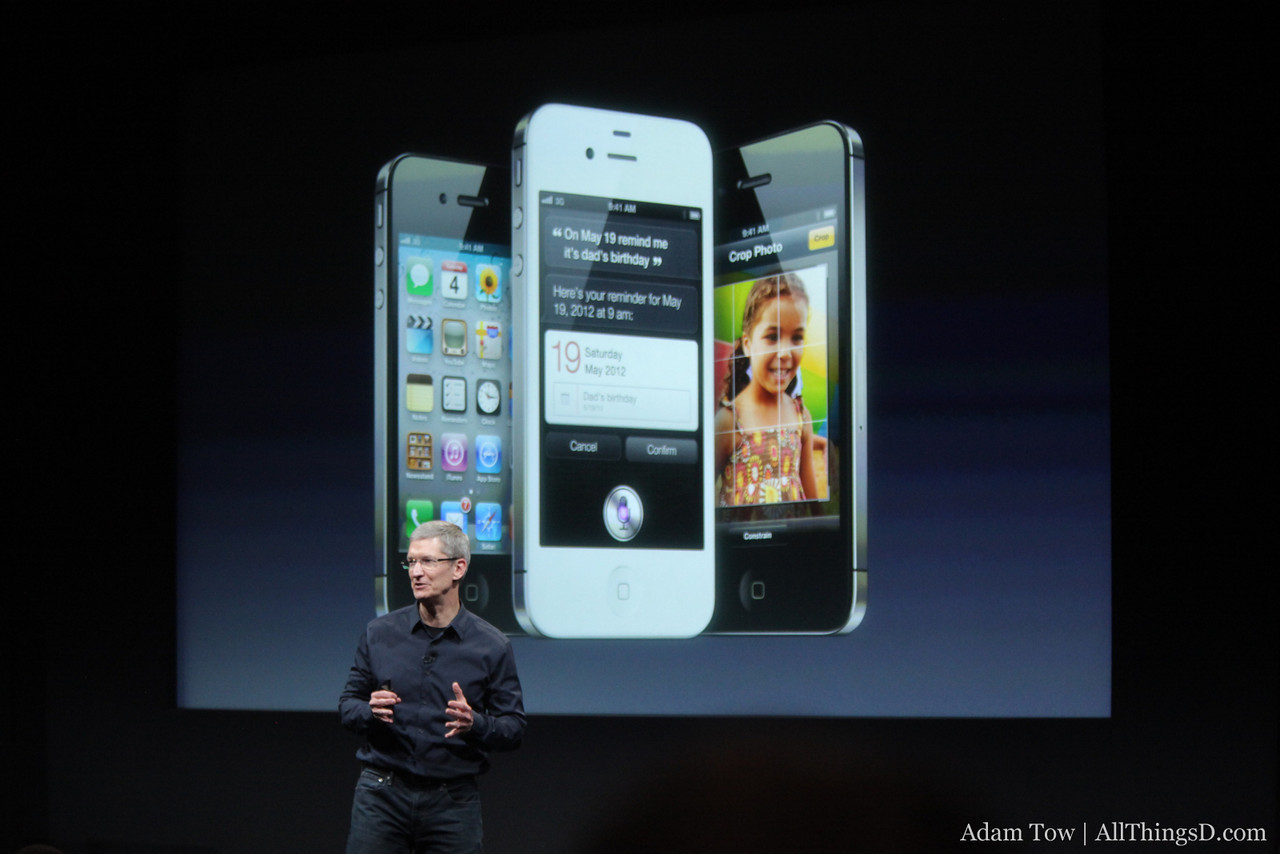 Tim Cook returns to the stage to conclude today's event.