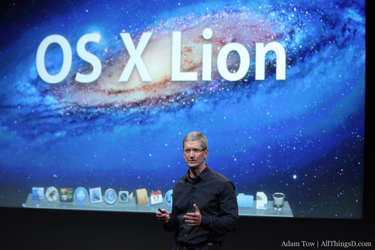 Tim Cook talks about OS X Lion.