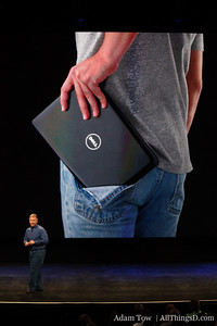 Netbooks are great, but they don't fit in your pocket. A little poke at Dell.