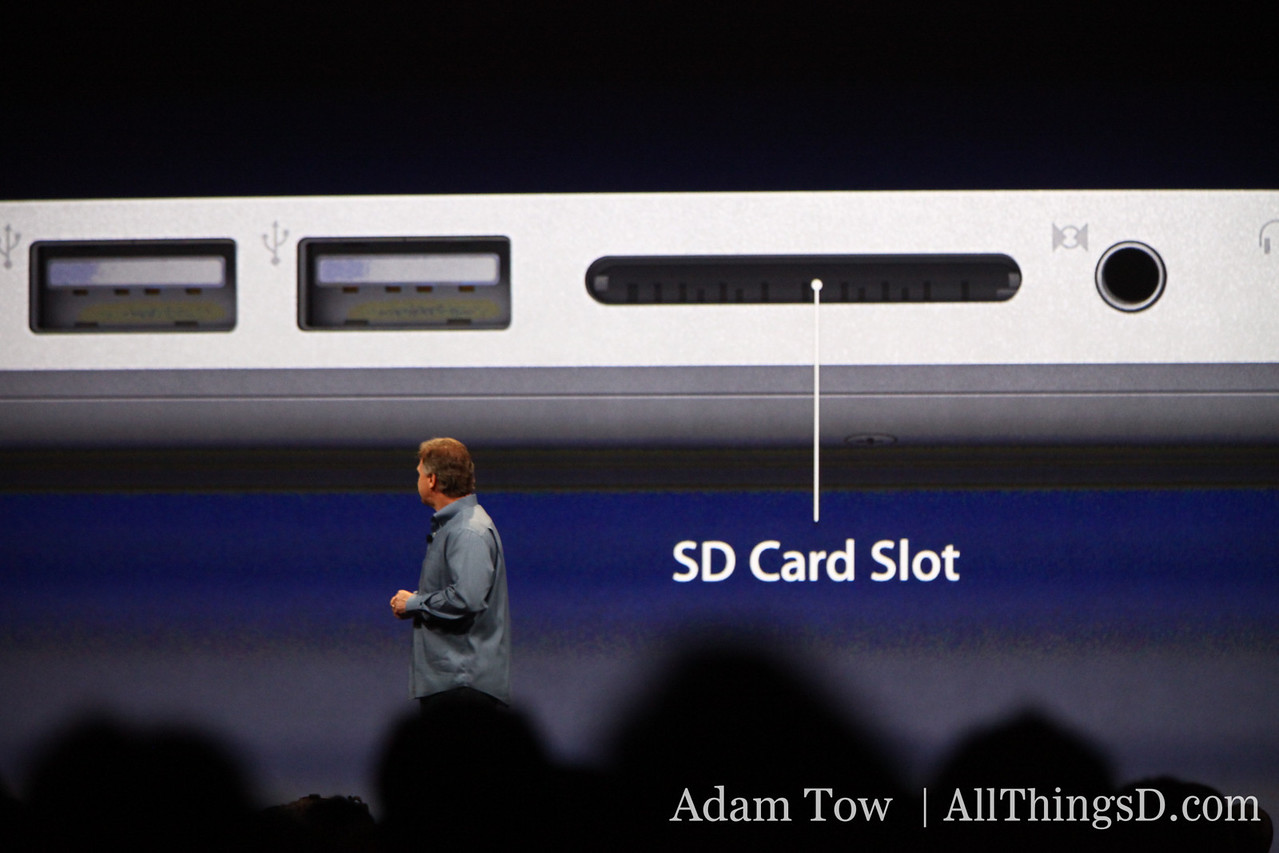 Paul Schiller, CEO of Apple, announces new version of the 15-inch MacBook Pro.