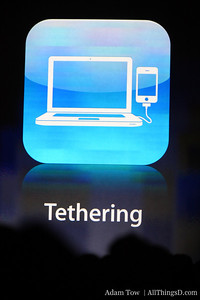 Seamless tethering: Works on Mac or PC, over USB or Bluetooth.