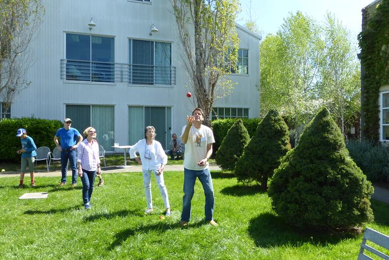 Aqus Petaluma Juggle_In018_03-20-16.JPG