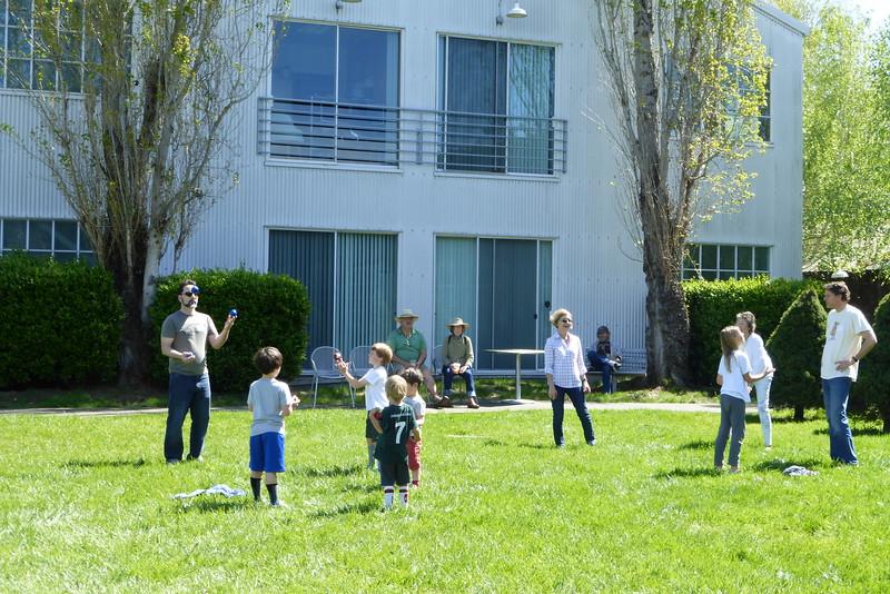 Aqus Petaluma Juggle_In012_03-20-16.JPG