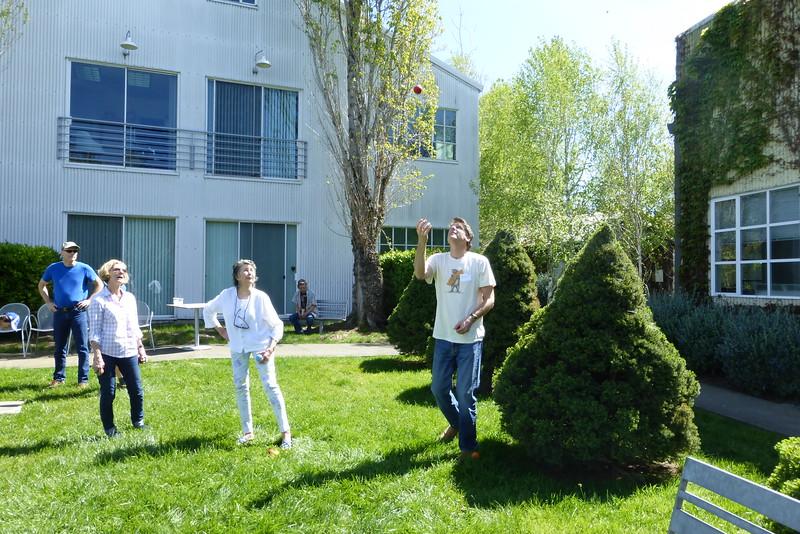 Aqus Petaluma Juggle_In019_03-20-16.JPG
