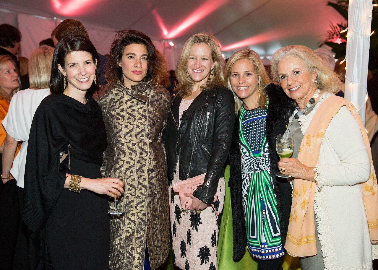5D3_4357 Lillian Rabe, Christine Messineo, Megan Shattuck, Courtney Harwood and Sarah Bouchier