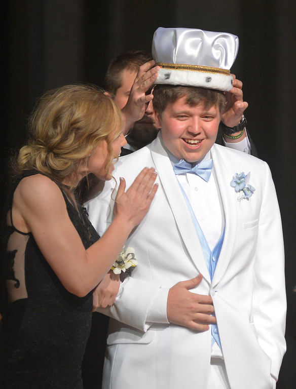 Dylan Patterson is crowned the 2016 Prom King Saturday at Tongue River High School in Dayton. Justin Sheely / The Sheridan Press.