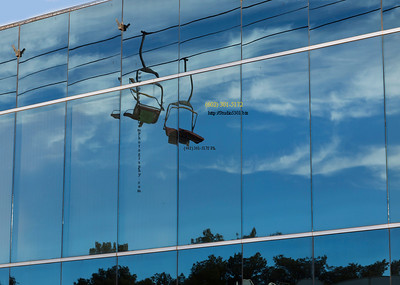 chair lifts reflect in windows 1475