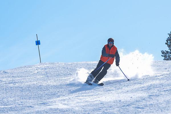 Skiing_008