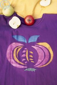 silk-screen tomato-apple