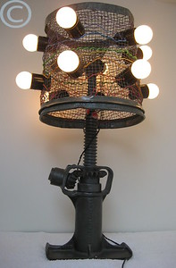 car jack and net lamp