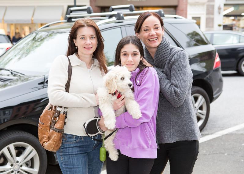 5D3_5410 Ivanka Farina, Lucia Sardi, Nicole Catalano with Cooper