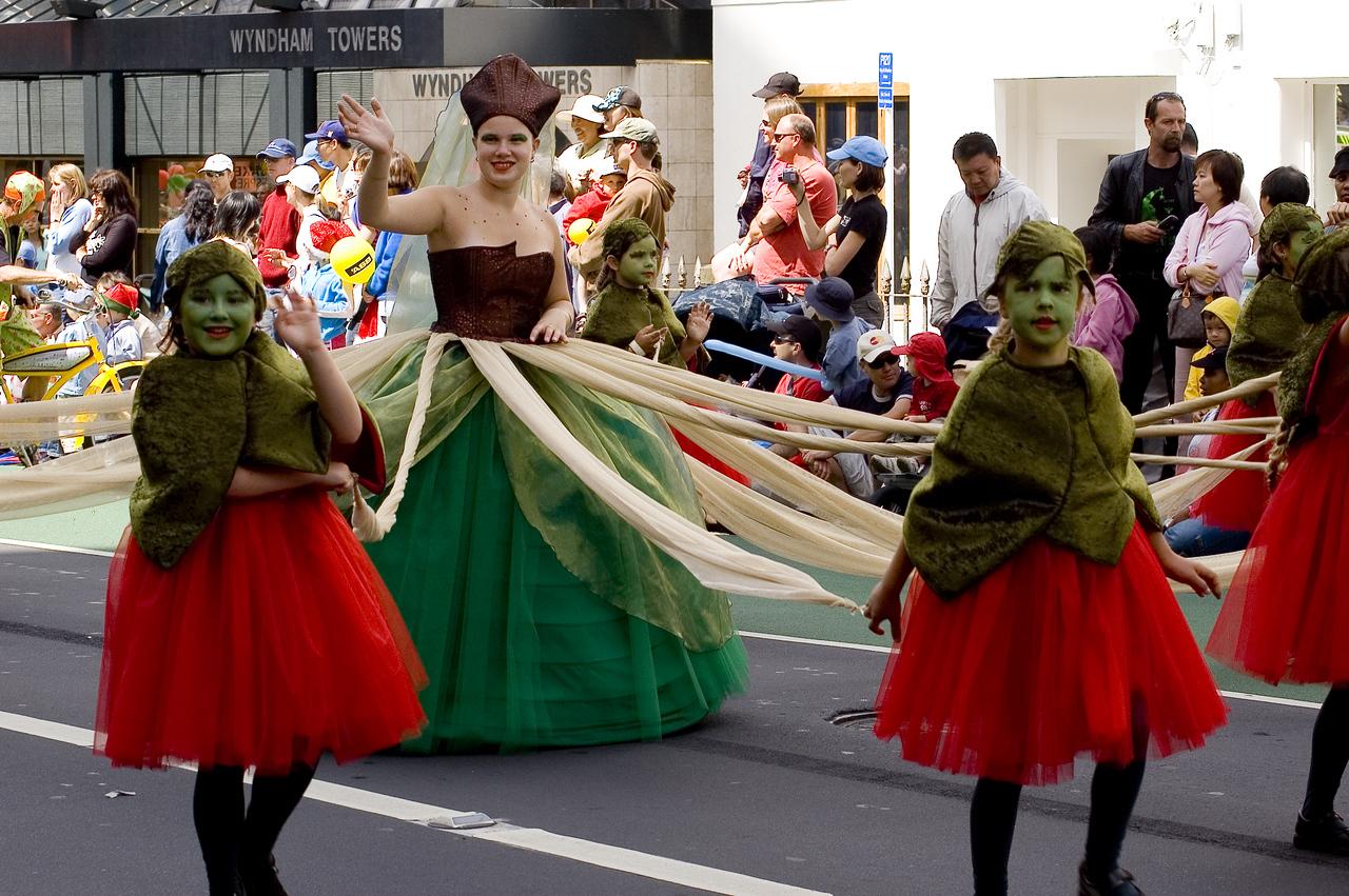 Queen of... Santa Parade Auckland New Zealand - 27 Nov 2005