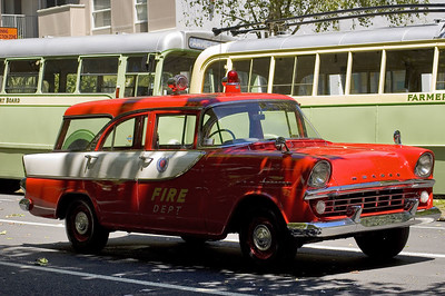 Old fire car Santa Parade Auckland  New Zealand - 27 Nov 2005