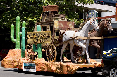 Wild wild west Santa Parade Auckland  New Zealand - 27 Nov 2005
