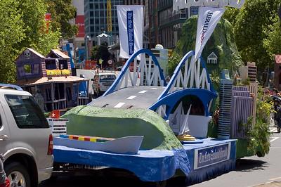 Float Santa Parade Auckland  New Zealand - 27 Nov 2005