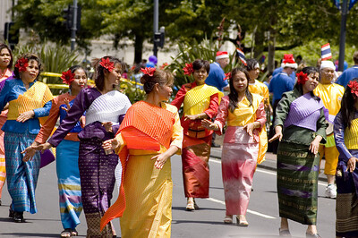 The contingent from Thailand Santa Parade Auckland New Zealand - 27 Nov 2005