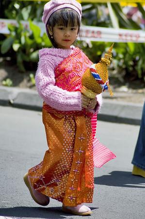Merry Xmas from Thailand Santa Parade Auckland New Zealand - 27 Nov 2005