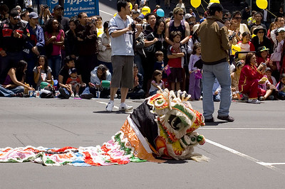 Forgotten dragon Santa Parade Auckland New Zealand - 27 Nov 2005