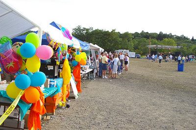 Saturday, August 18th, 2007: ISLAND FEST---local non-profit organizations benefited by selling food to visitors.