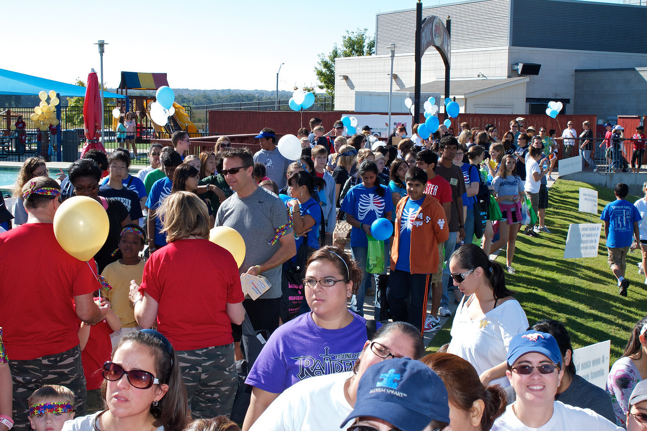 Austin walk for Autism - 2010-10-09 - IMG# 10-006221