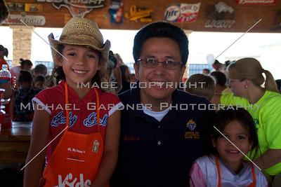 Walk Now for Autism Speaks - Austin - 2011-09-24 - IMG# 09- 012280