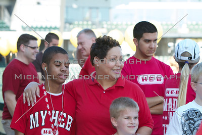 Walk Now for Autism Speaks - Austin - 2011-09-24 - IMG# 09- 011894