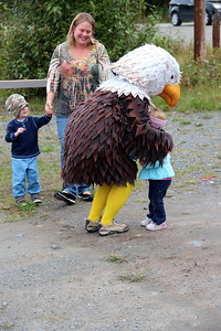 Welcome with an eagle hug