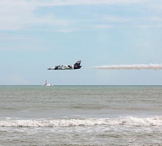 The leader of the Black Diamond Jet Team does a low fly with his L-39 Albatros.
