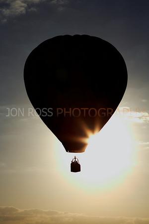 Tamiami Balloon Race 2008 | Tamiami, FL Canon EOS 1D Mark II | Canon EF 24-70mm f/2.8 L USM1/1600s | f/13 @ 70mm | ISO 400