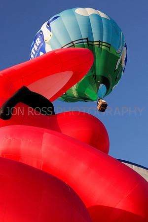 Tamiami Balloon Race 2008 | Tamiami, FL Canon EOS 1D Mark II | Canon EF 24-70mm f/2.8 L USM1/500s | f/9 @ 51mm | ISO 400