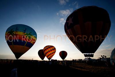 Tamiami Balloon Race 2008 | Tamiami, FL Canon EOS 5D | Canon EF 16-35mm f/2.8 L USM1/800s | f/13 @ 16mm | ISO 400