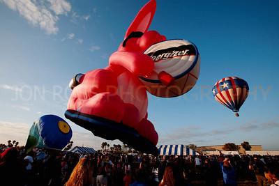 Tamiami Balloon Race 2008 | Tamiami, FL Canon EOS 5D | Canon EF 16-35mm f/2.8 L USM1/400s | f/10 @ 16mm | ISO 400