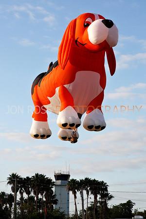 Tamiami Balloon Race 2008 | Tamiami, FL Canon EOS 1D Mark II | Canon EF 24-70mm f/2.8 L USM1/800s | f/9 @ 70mm | ISO 400