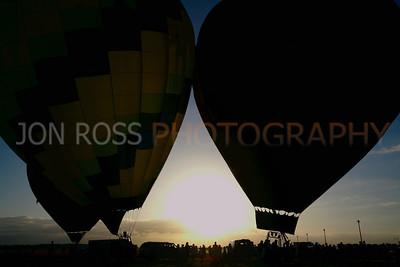 Tamiami Balloon Race 2008 | Tamiami, FL Canon EOS 5D | Canon EF 16-35mm f/2.8 L USM1/500s | f/11 @ 29mm | EC -1/3 | ISO 400