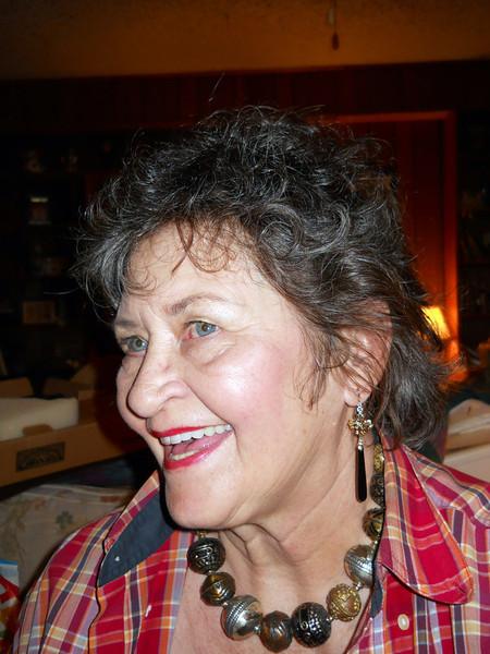 OOH-LA-LA<br /> Joe got Lyn some beautiful dangling earrings. Really nice stuff!