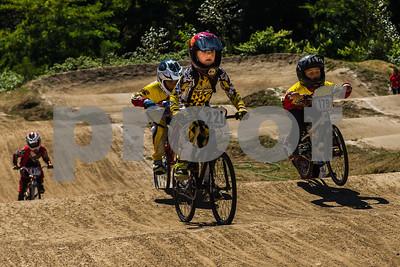 Moto1_TS36724