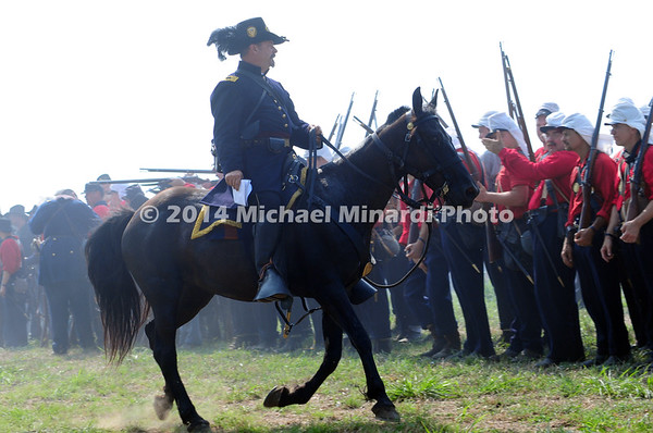 Battle of Bull Run - Union Officer leads Red Shirts