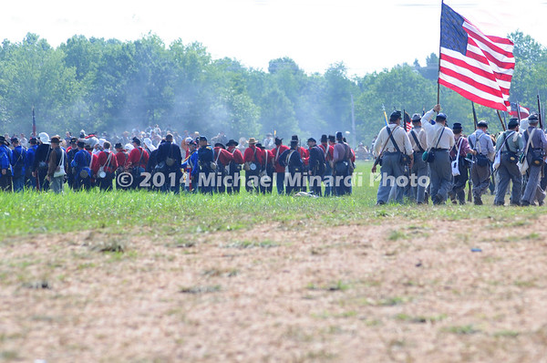Battle of Bull Run - Union Soldiers form skirmish line